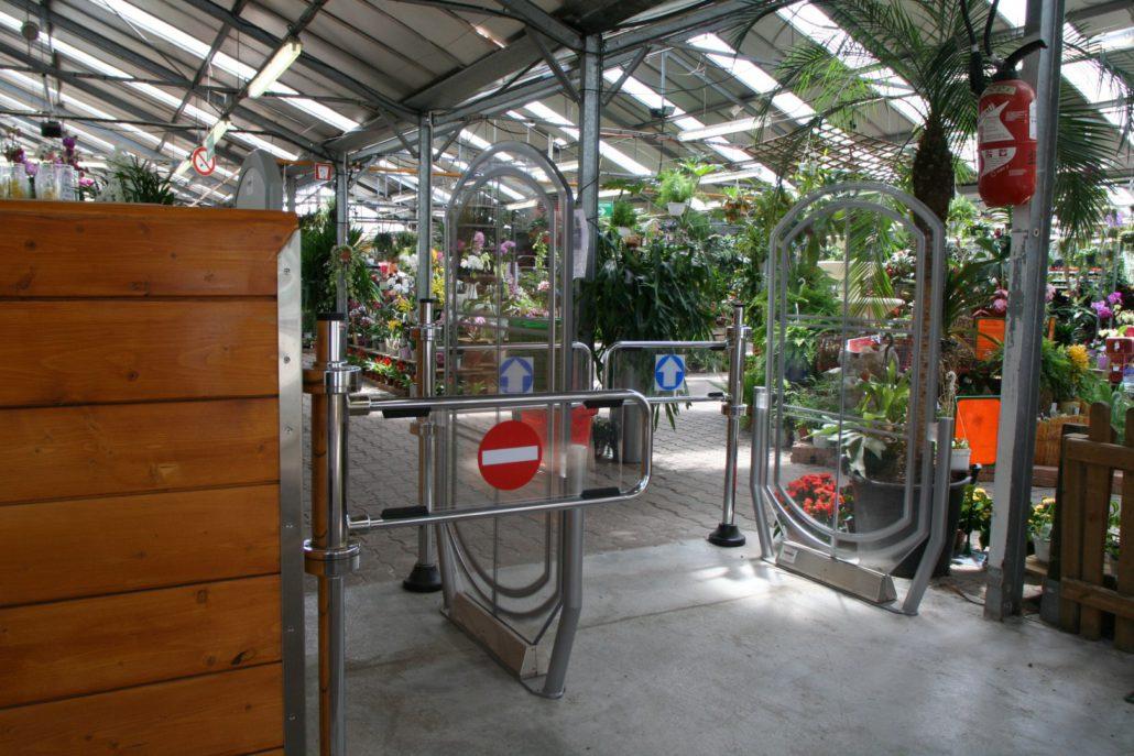 équipement portique antivol jardinerie